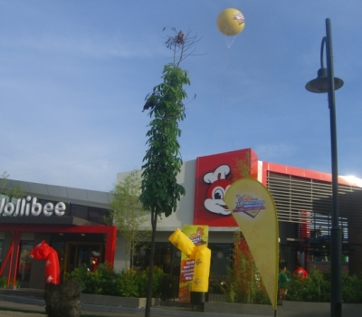 Jollibee Airdancers / Airpuppets